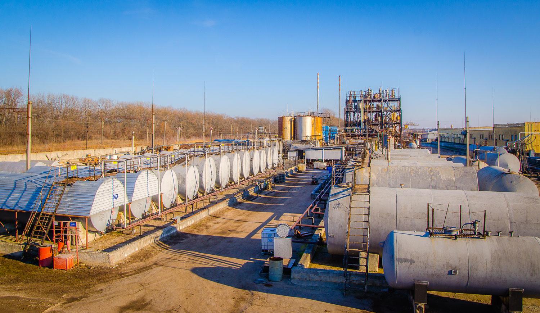 Склад зберігання етилацетату ємністю 550 тонн.